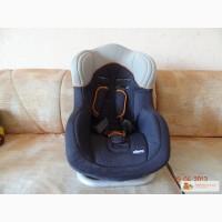 Продам автокресло Chicco universal (Голландия) 9-18 кг
