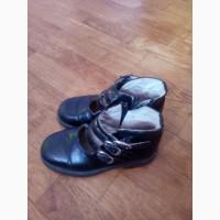 Туфли черные детские на девочку
