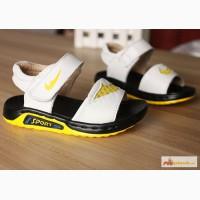 Кожаные удобные спортивные сандалии для деток