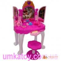 Предлагаем купить детские макияжные туалетные столики для девочек
