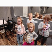 Вокал для детей Киев Позняки - уроки вокала - школа вокала