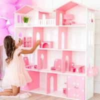 Большой домик для большой кукольной семьи