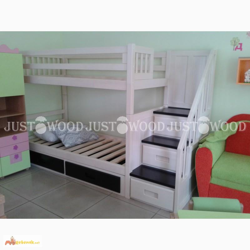 Фото 5. Двухъярусная кровать Шериф+ со ступенями из массива дерева