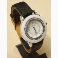 Часы женские наручные Chanel мод.8625 со стразами