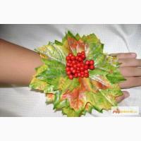 Браслетик с листочками для праздника осени