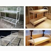 Металлическая кровать, матрасы, тумбы
