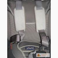 Продам автокресло Chicco Universal 9-18 кг.